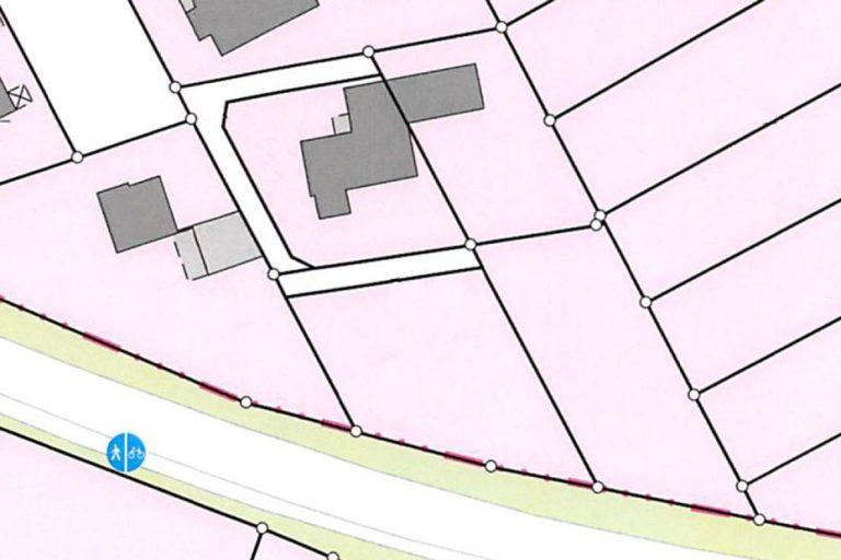 Alter Lageplan mit Bungalow, dem Abrissobjekt.